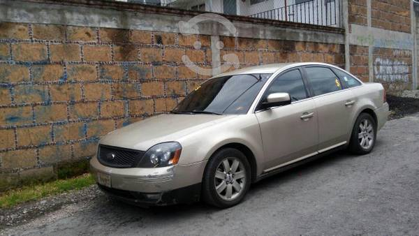 Ford Five Hundred -06
